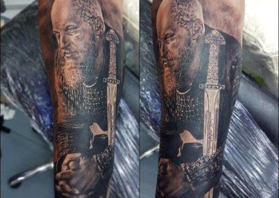 Black-and-white-tattoo (83)